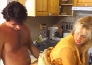 Bleached aunt have sex with a horny nephew