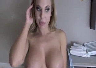 Busty stepmom want to taste my fresh jizz